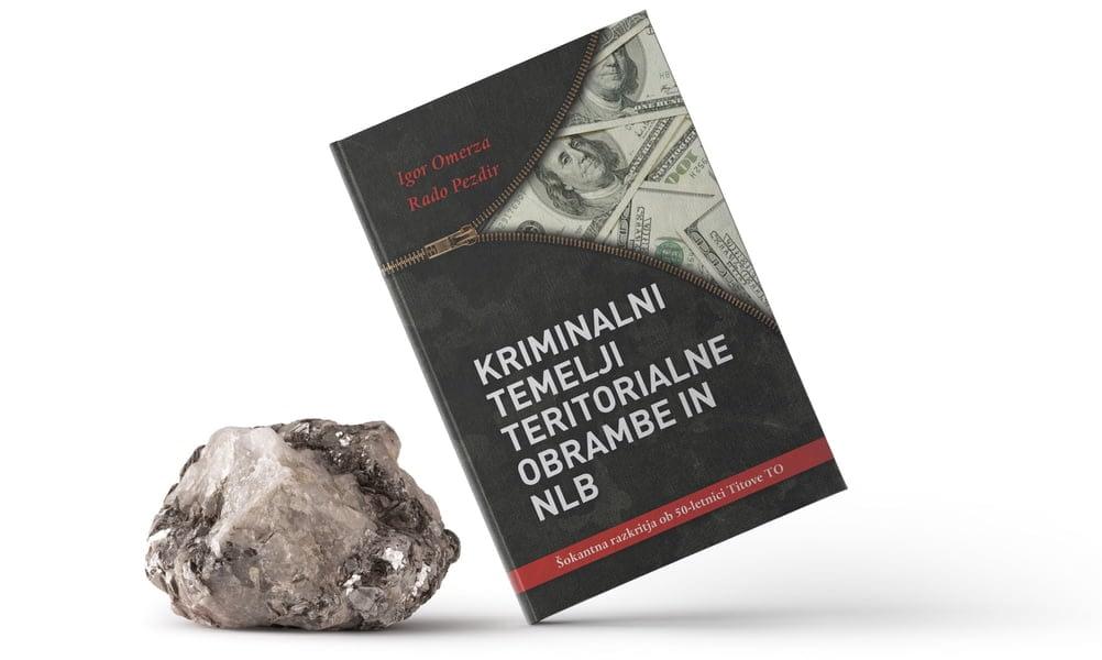 naslovnica knjige naslonjena na kamen